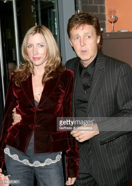 "Paul McCartney and Heather Mills during Private Viewing of ""Each One Believing"" Exhibition at Proud Galleries, Camden in London, Great Britain."