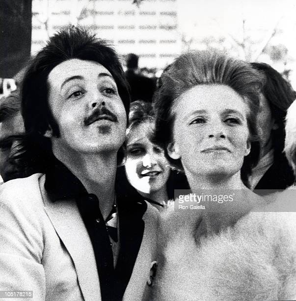 Paul McCartney and Linda McCartney during 46th Annual Academy Awards in New York City New York United States