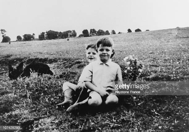 Paul Mccartney And Mike Mcgear Children On 1948