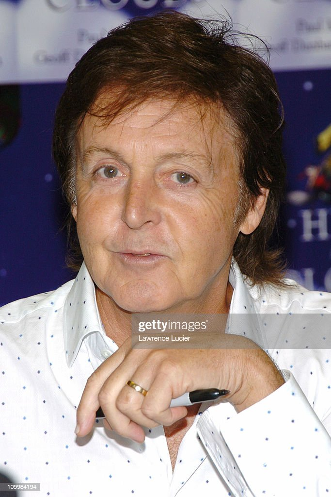 "Paul McCartney Signs His Book ""High in the Clouds"" at Barnes & Noble in New"