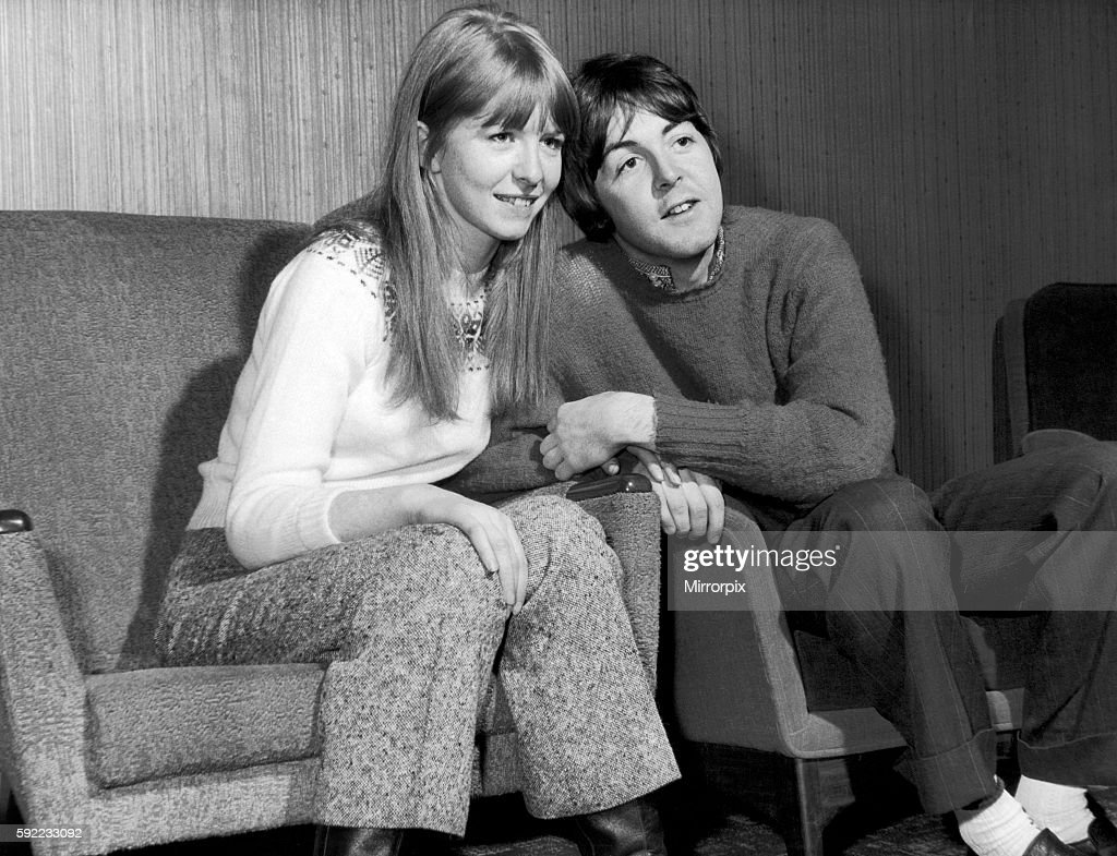 Paul McCartney Jane Asher Glasgow Scotland Sunday 10th December 1967 Overnight