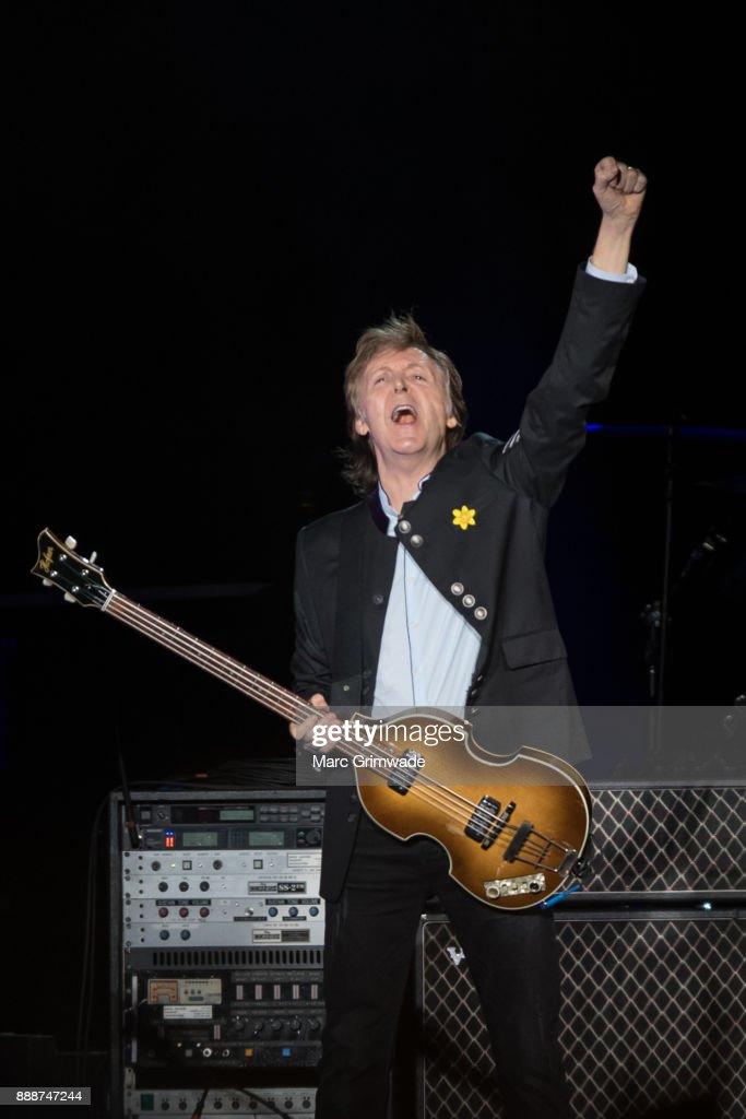 Paul McCartney One On Tour