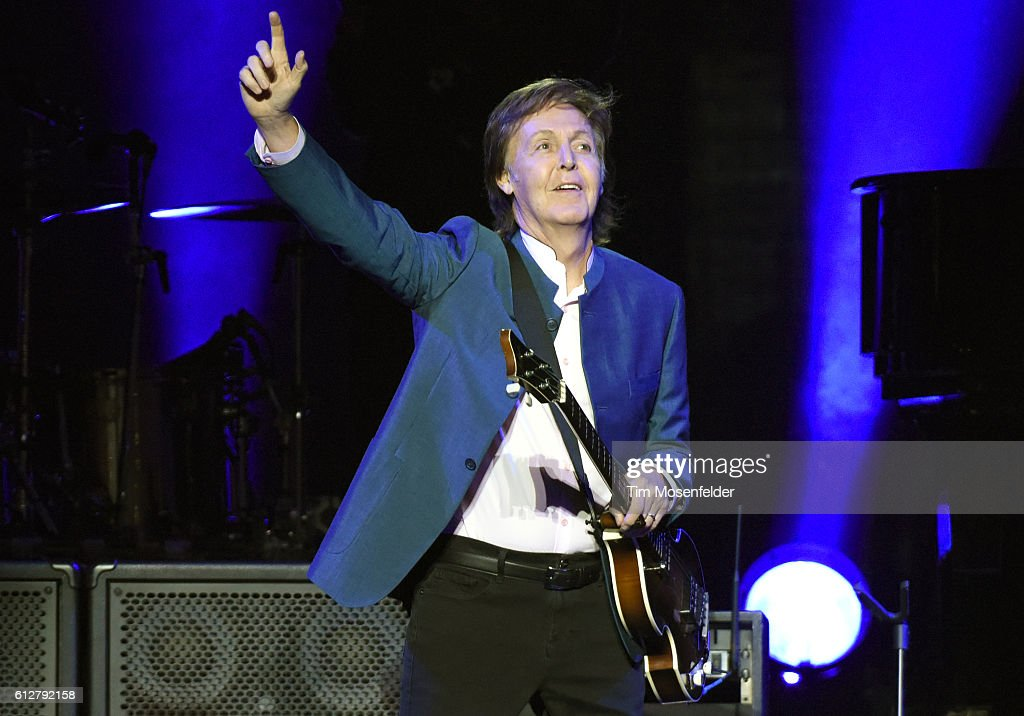 Paul McCartney Performs At Opening Of Golden 1 Center Arena : News Photo