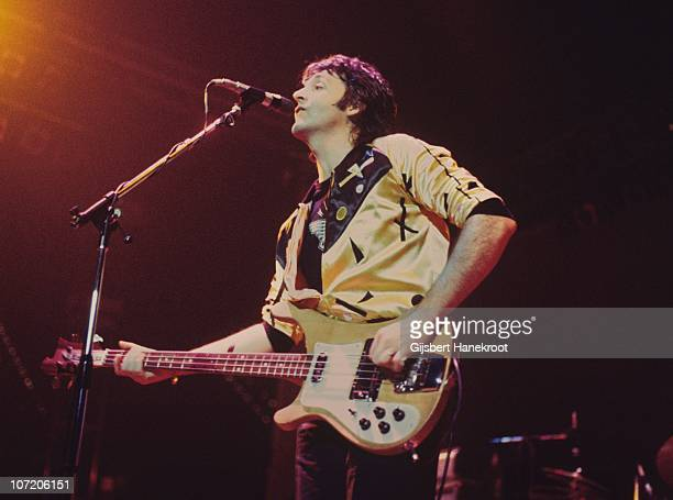 Paul McCartney Performs Live On Stage With Wings At Ahoy 25th March 1976 In Rotterdam