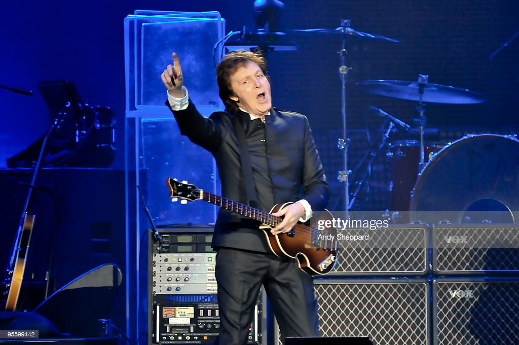 Paul McCartney performs on stage at O2 Arena on December 22, 2009 in London, England.