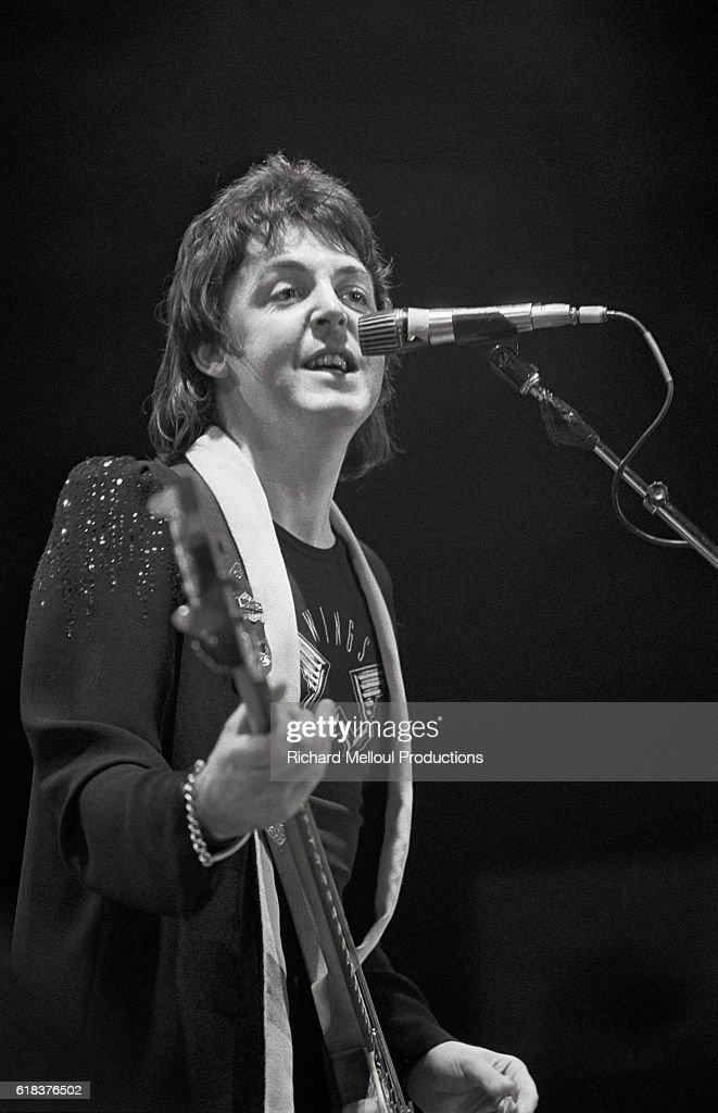 Wings Singer Paul McCartney in Paris : Photo d'actualité