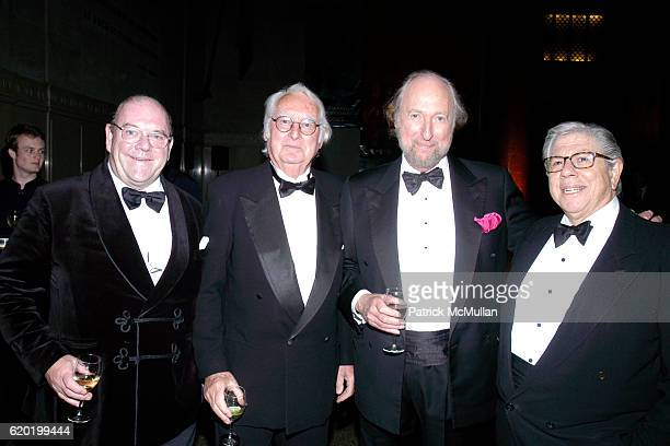 Paul McGuinness Richard Meier Ed Victor and Carl Bernstein attend The PEN American Center's 2008 Literary Gala at American Museum of Natural History...