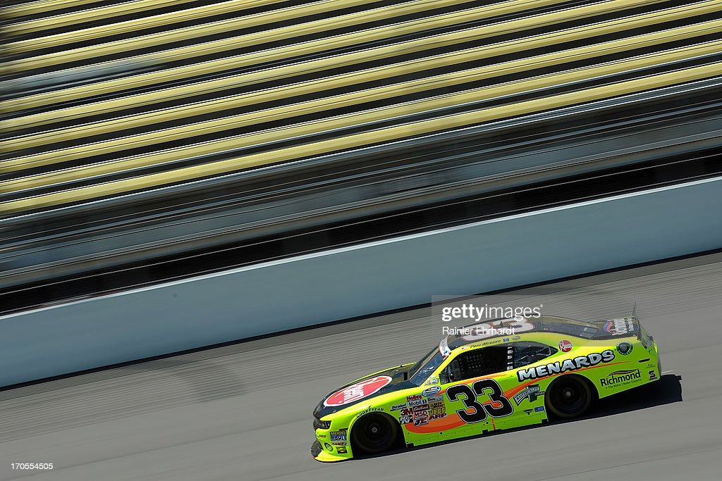 Paul Menard drives the Menards/Rheem Chevrolet during