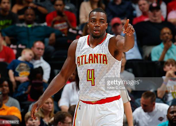 Paul Millsap of the Atlanta Hawks reacts to a turnover by the Memphis Grizzlies at Philips Arena on March 12 2016 in Atlanta Georgia NOTE TO USER...