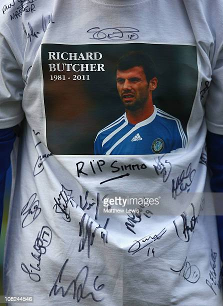 Paul Morgan captain of Macclesfield Town wears a tshirt in memory of former player Richard Butcher during the npower League Two match between...