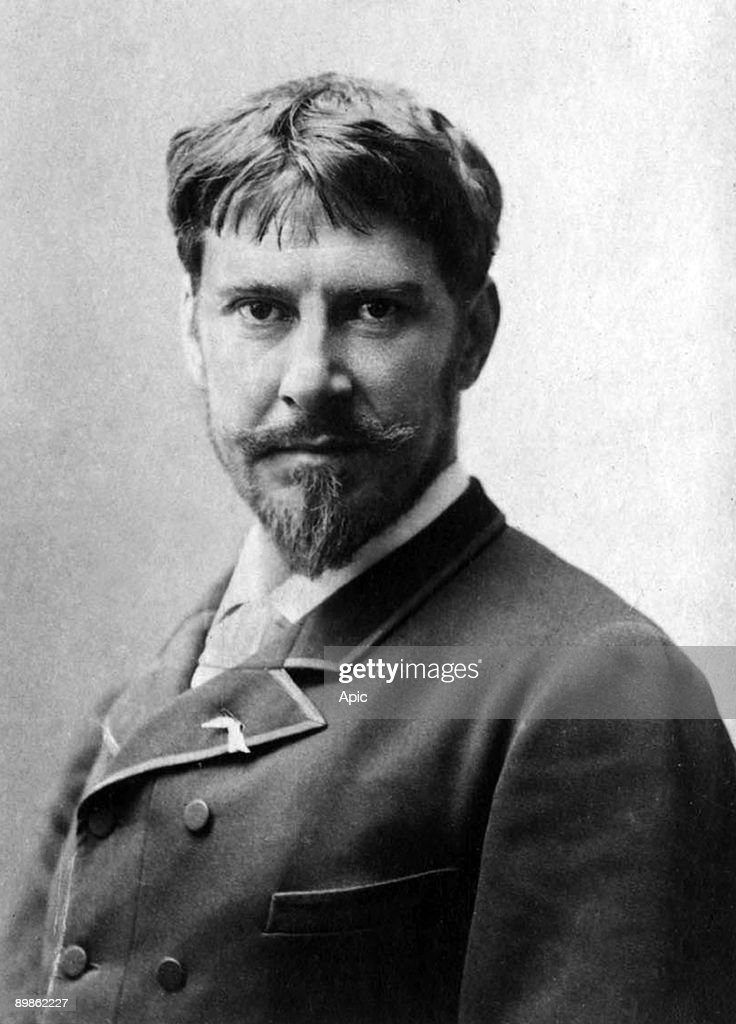 Paul Mounet (b. 1853) , doctor in medicine and french actor, photographied between 1885 and 1895, extracted from the collection Felix Potin, 500 contemporary celebrities , opera singers and dramatic France : News Photo