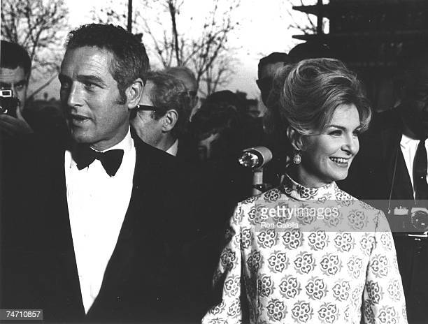 Paul Newman and Joanne Woodward at the Dorothy Chandler Pavilion in Los Angeles, California
