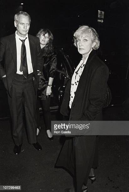 Paul Newman Clea Newman and Joanne Woodward during Paul Newman Clea Newman and Joanne Woodward Sighting at his Fifth Avenue Apartment November 17...