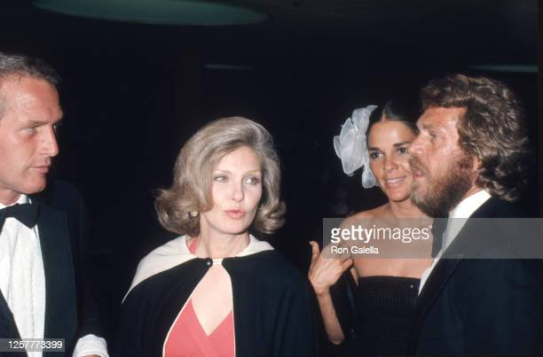 Paul Newman, Joanne Woodward, Ali MacGraw and Steve McQueen attend Second Annual American Film Institute Lifetime Achievement Awards Honoring James...