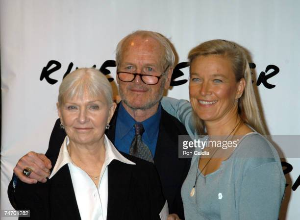 Paul Newman, Joanne Woodward and Daughter Nell Newman at the Chelsea Piers - Pier 60 in New York City, New York