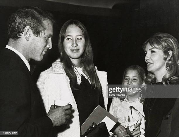 Paul Newman Susan Newman Nell Newman and Joanne Woodward