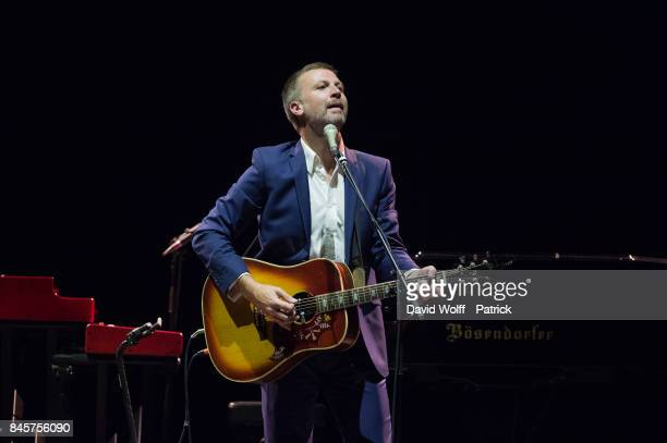 Paul Noonan from Bell X1 opens for Tori Amos at Le Grand Rex on September 11, 2017 in Paris, France.