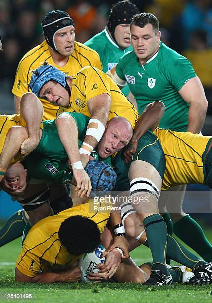 Paul O'Connell of Ireland tries to reach for the ball from Radike Samo of the Wallabies during the IRB 2011 Rugby World Cup Pool C match between...