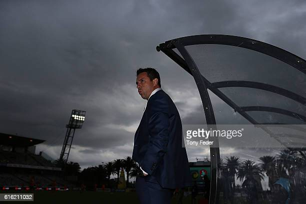 Paul Okon coach of the Mariners during the round three A-League match between the Central Coast Mariners and the Brisbane Roar at Central Coast...