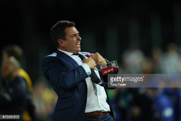 Paul Okon of the Mariners celebrates the win over Sydney during the round six ALeague match between the Central Coast Mariners and Sydney FC at...