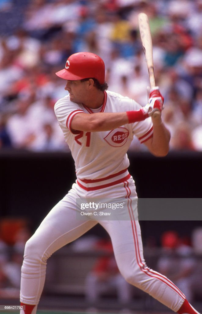 Paul O'Neill of the Cincinnati Reds bats at Riverfront Stadium circa 1986 in Cincinnati,Ohio.
