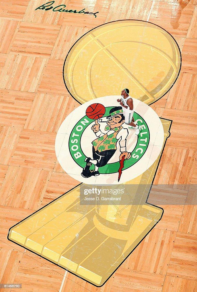 NBA Finals Game 1: Los Angeles Lakers v Boston Celtics : News Photo