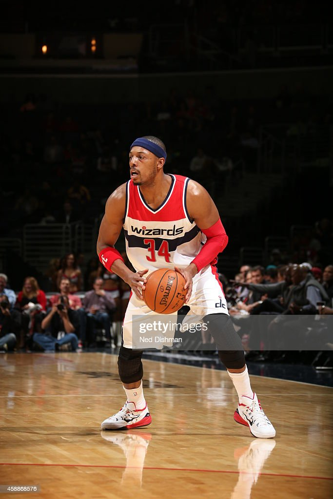 paul-pierce-of-the-washington-wizards-handles-the-ball-against-the-picture-id458868576