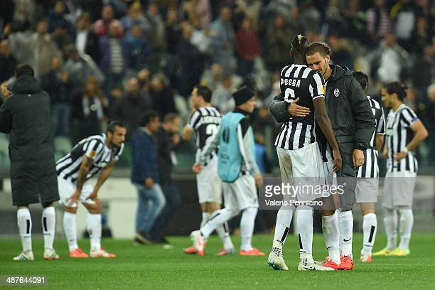 Paul Pogba and Leonardo Bonucci of Juventus show their dejection at the end of the UEFA Europa League semi final match between Juventus and SL...