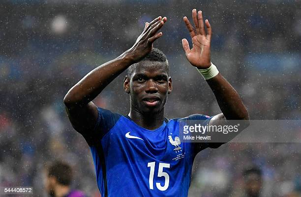Paul Pogba of France applauds the supporters after his team's 52 win in the UEFA EURO 2016 quarter final match between France and Iceland at Stade de...