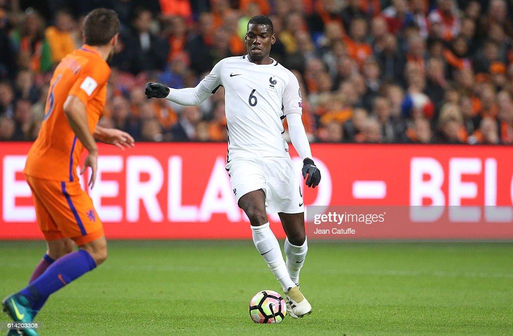 Netherlands v France - FIFA 2018 World Cup Qualifier : News Photo