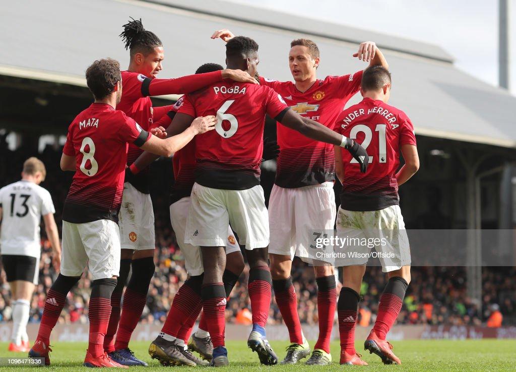 Fulham FC v Manchester United - Premier League : News Photo