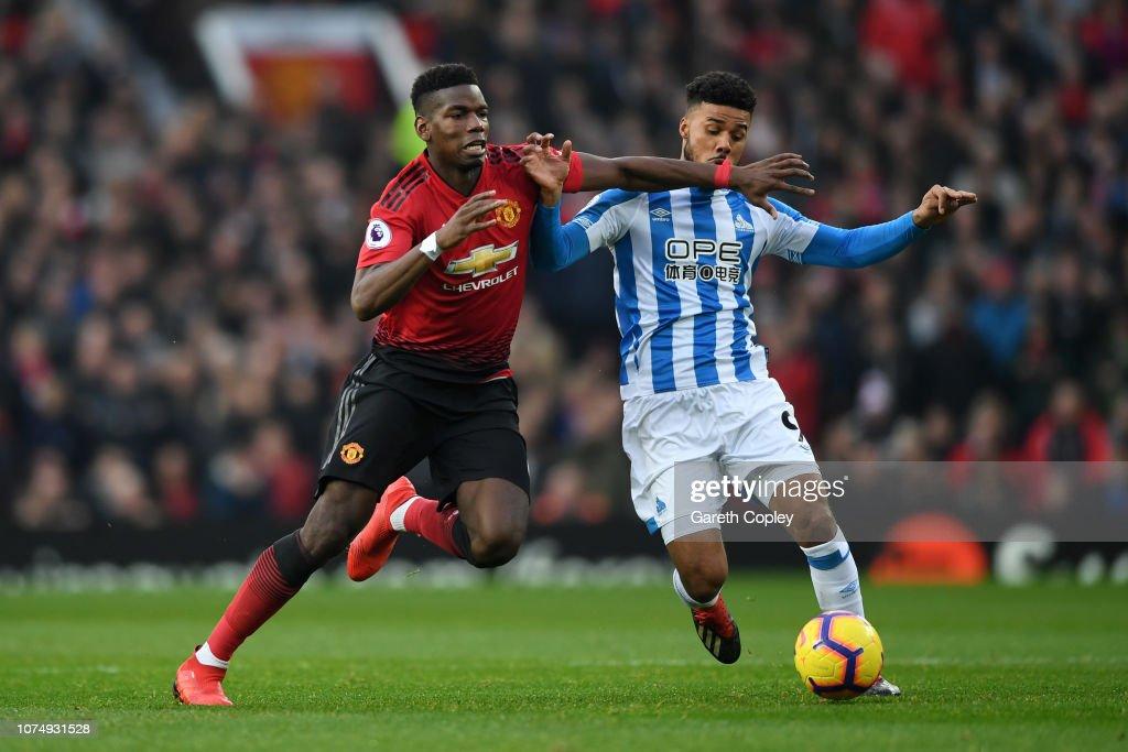 Manchester United v Huddersfield Town - Premier League : News Photo