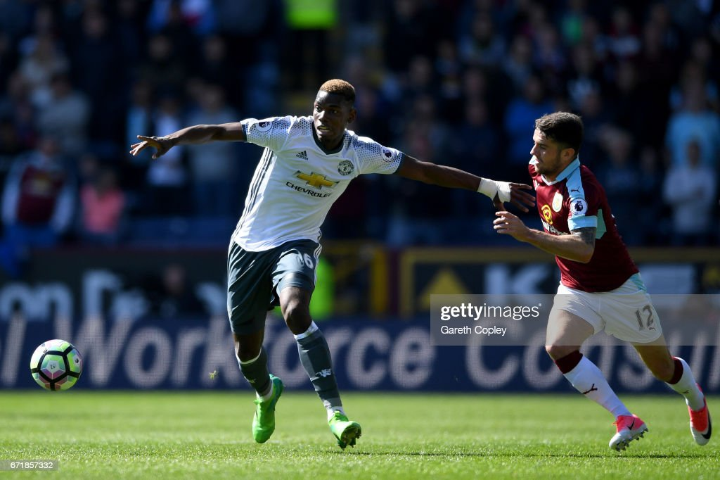 Burnley v Manchester United - Premier League : News Photo