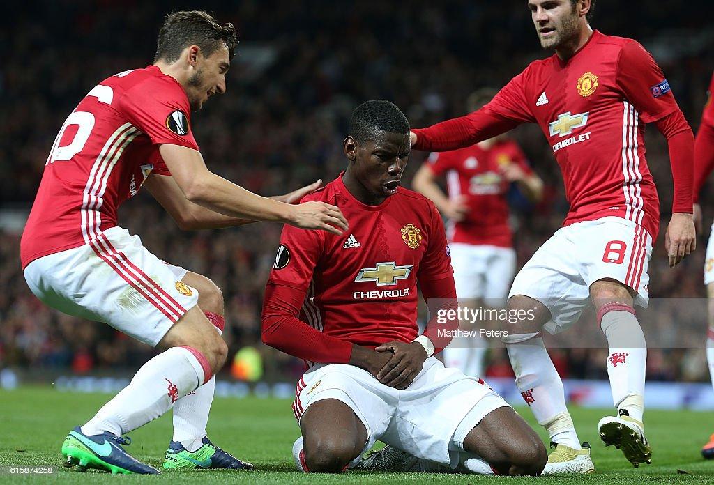Manchester United FC v Fenerbahce SK - UEFA Europa League : News Photo