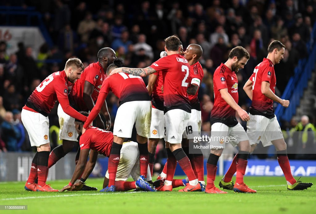 Chelsea v Manchester United - FA Cup Fifth Round : News Photo