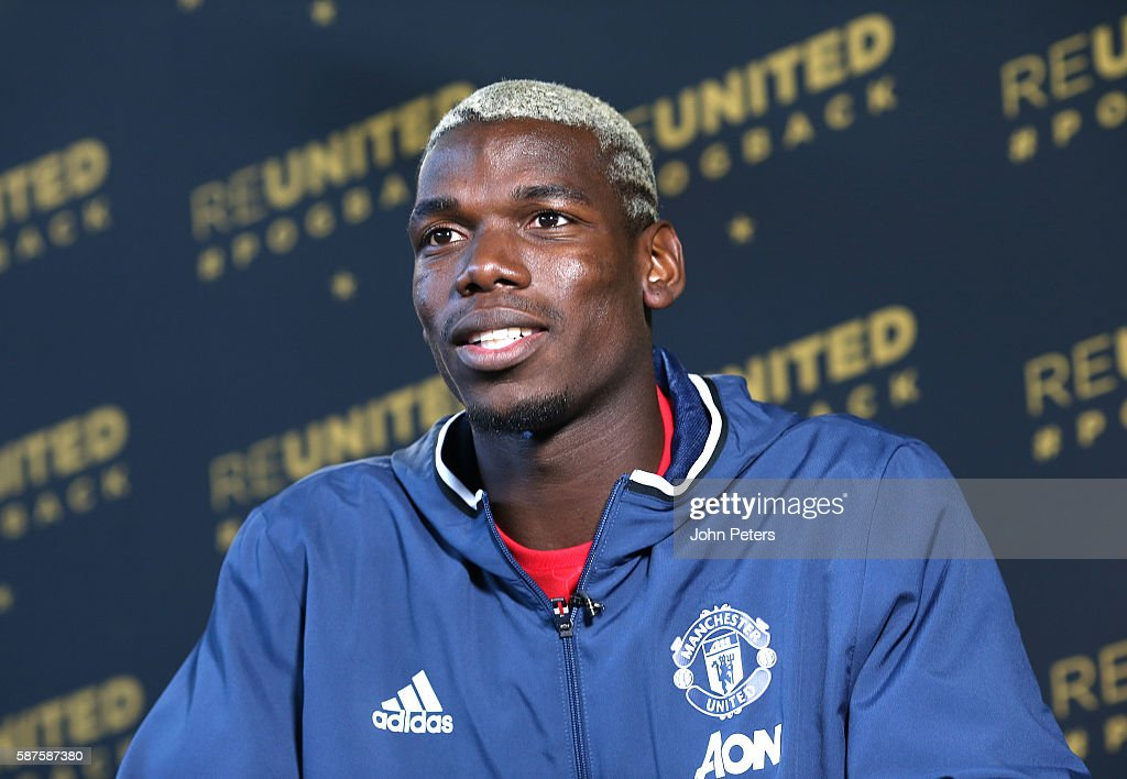 Manchester United Unveil New Signing Paul Pogba : News Photo