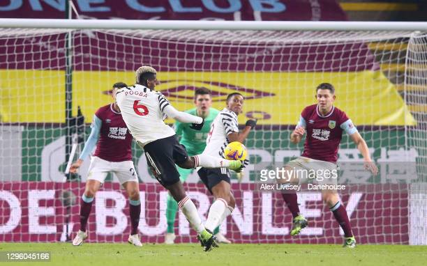 Paul Pogba of Manchester United scores the opening goal during the Premier League match between Burnley and Manchester United at Turf Moor on January...