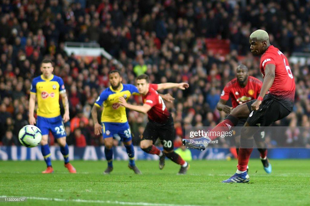 Manchester United v Southampton FC - Premier League : Nachrichtenfoto