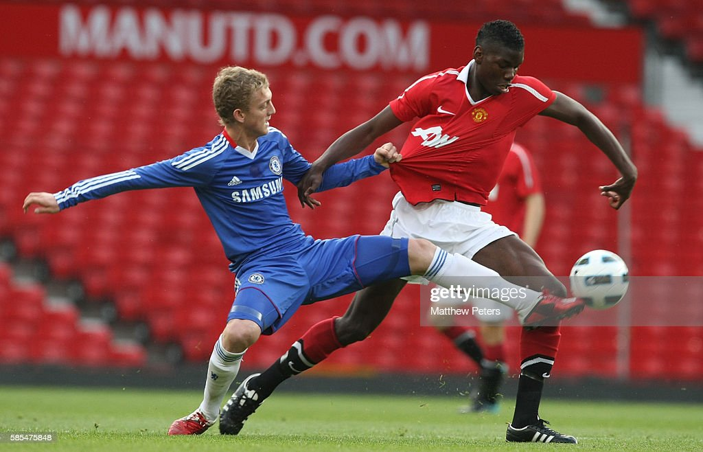 Manchester United v Chelsea - FA Youth Cup Semi Final 2nd Leg