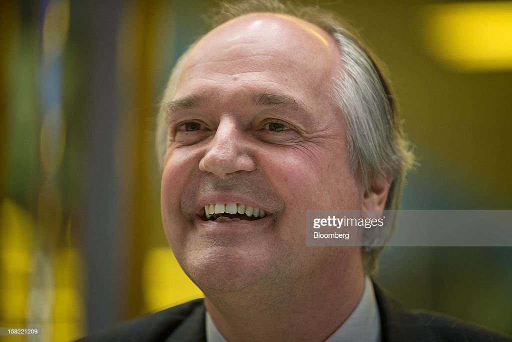 Paul Polman, chief executive officer of Unilever Plc, smiles before an interview in New York, U.S., on Tuesday, Dec. 11, 2012. Unilever, the world's second-biggest consumer-goods company, will sell more parts of its food business as it focuses on faster-growing personal care products and emerging markets, Polman said last month. Photographer: Scott Eells/Bloomberg via Getty Images