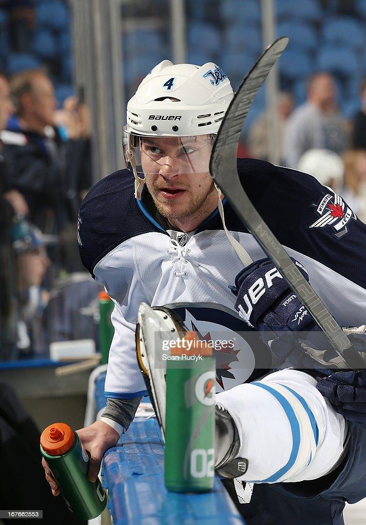 Winnipeg Jets v Buffalo Sabres : News Photo