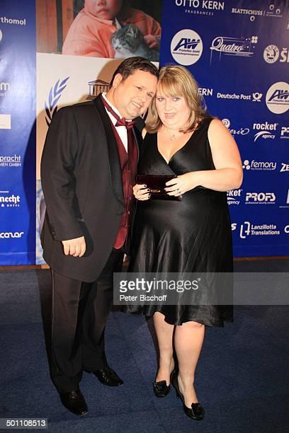 """Paul Potts, Ehefrau Julie-Ann, Charity-Veranstaltung, 17. """"Unesco-Benefiz-Gala"""" 2009, Hotel """"Maritim"""", Düsseldorf, Nordrhein-Westfalen, Deutschland,..."""
