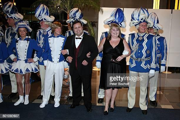 "Paul Potts , Ehefrau Julie-Ann Potts, Mitglieder Düsseldorfer Karnevalsgesellschaft, Charity-Veranstaltung, 17. ""Unesco-Benefiz-Gala"" 2009, Hotel..."