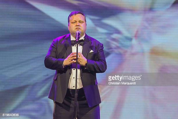 Paul Potts performs on stage during the tv show 'Willkommen bei Carmen Nebel' at Tempodrom on April 7 2016 in Berlin Germany