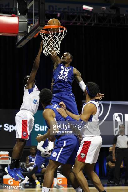 Paul Reed of the Delaware Blue Coats dunks the ball against the Long Island Nets on February 19, 2021 at HP Field House in Orlando, Florida. NOTE TO...