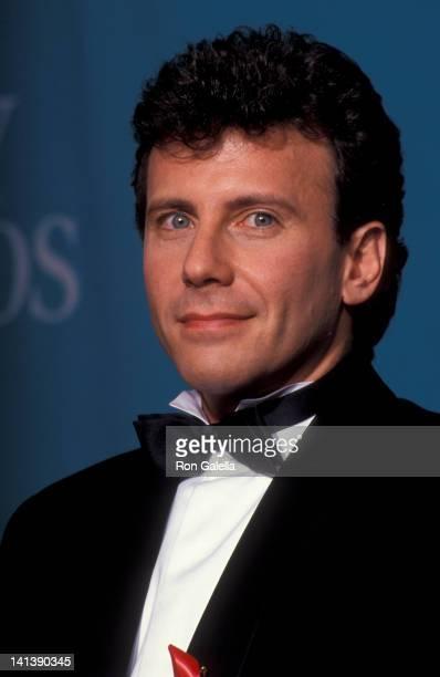 Paul Reiser at the 44th Annual Primetime Emmy Awards Pasadena Civic Auditorium Pasadena