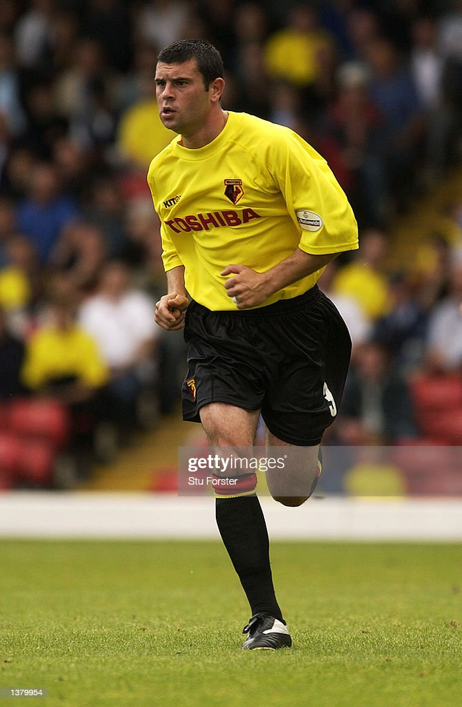 Paul Robinson of Waford during the Nationwide League Division One match between Watford and Walsall at Vicarage Road in Watford, England on September 7, 2002.