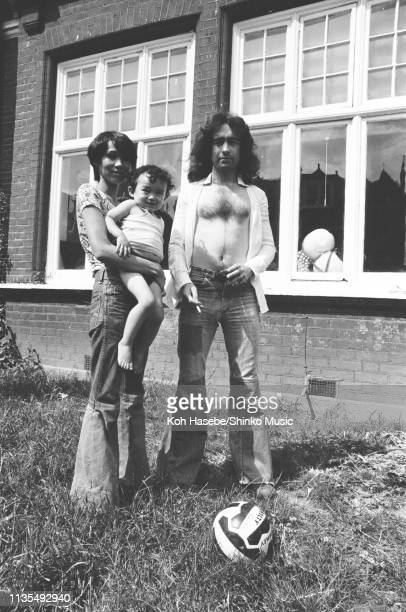 Paul Rodgers of Bad Company with his wife Machiko Shimizu and son Steve being interviewed for Japanese music magazine 'Music Life' at his home in...