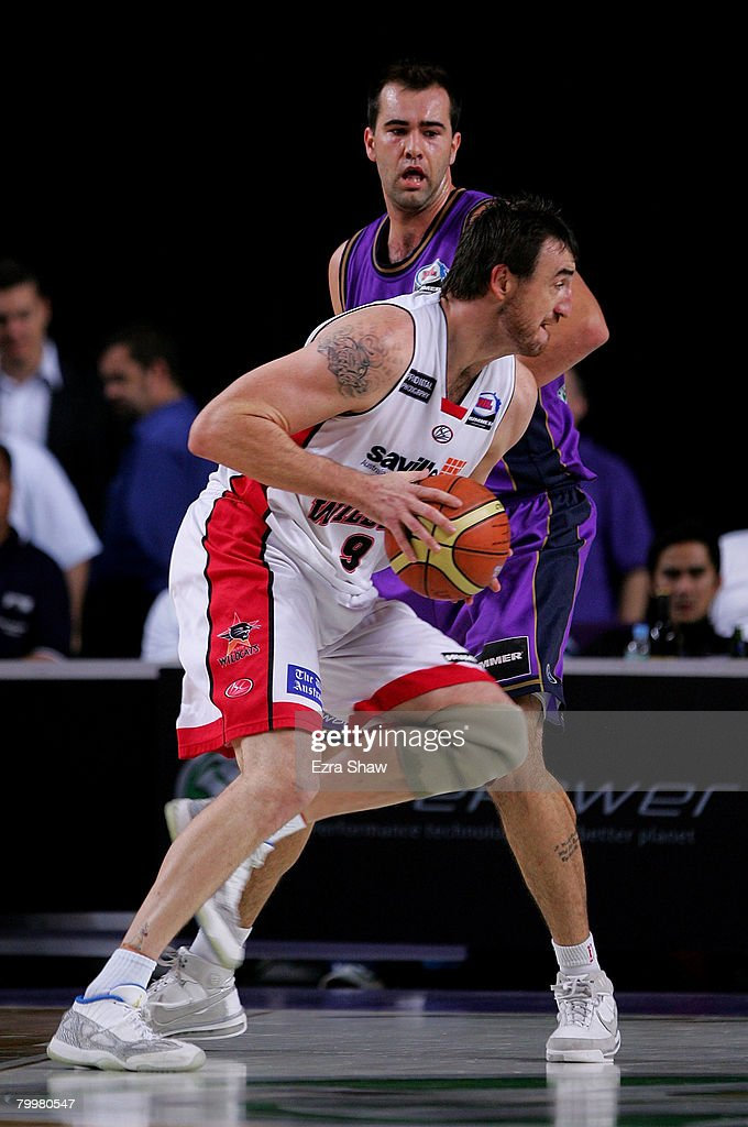 Paul Rogers of the Wildcats drives to the basket during game one of the NBL Semi Final Series between the Sydney Kings and the Perth Wildcats at Sydney Entertainment Centre on February 25, 2008 in Sydney, Australia.