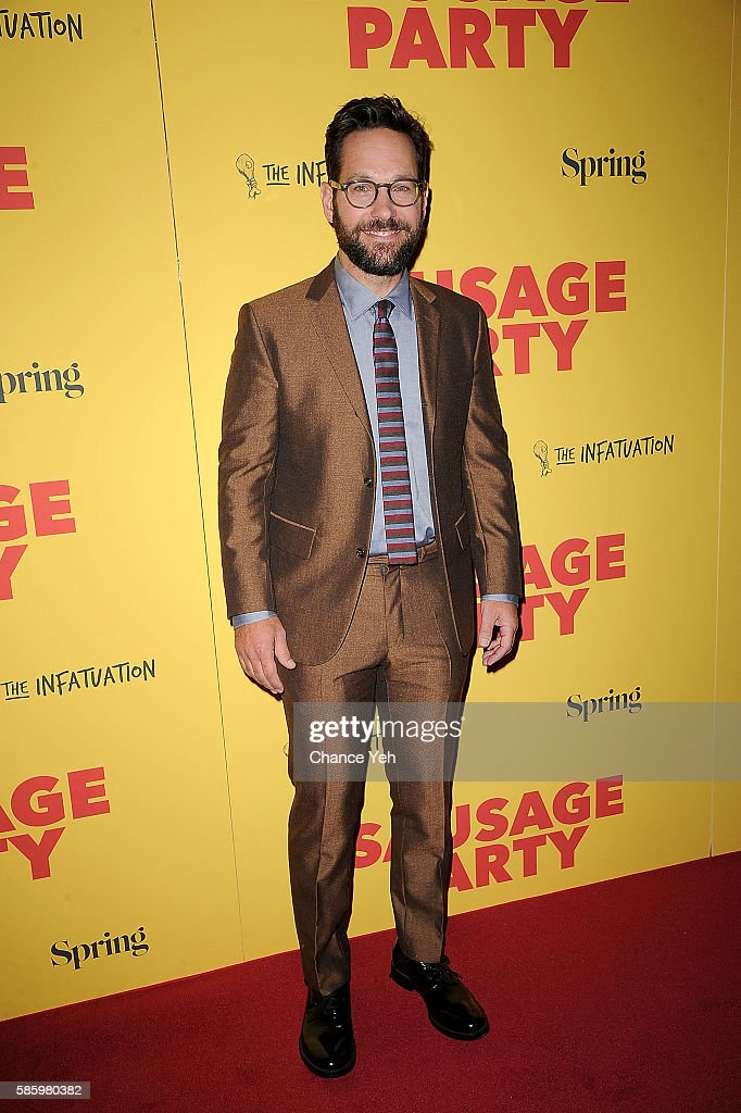 Paul Rudd attends 'Sausage Party' New York premiere at Sunshine Landmark on August 4, 2016 in New York City.